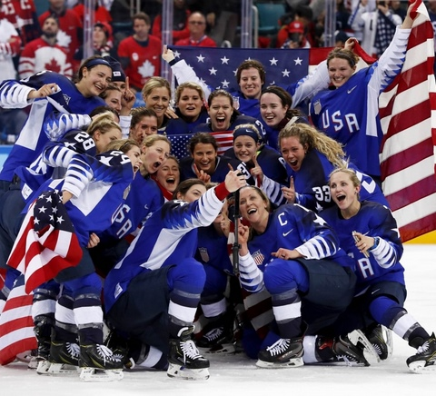US Women's Hockey Team Wins Gold in Shootout