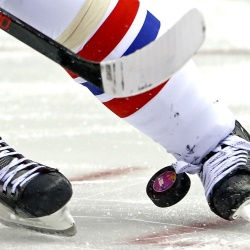What is the NHL Puck Line & How to Bet It