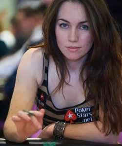2020-12-29-sexy-poker-player-liv-boeree.jpg